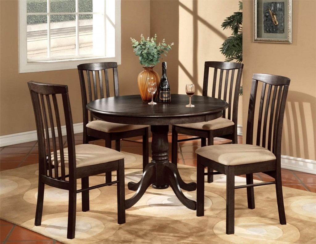 kitchen-table-and-chairs-3