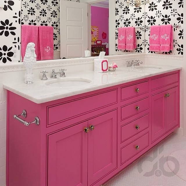Pink and Gold Bathroom Decor