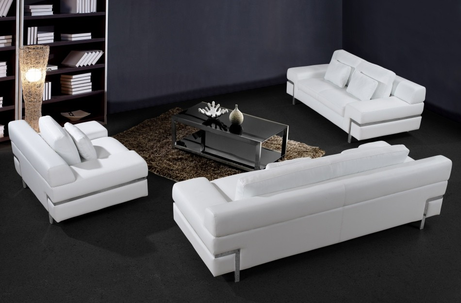 white-leather-sofa-10