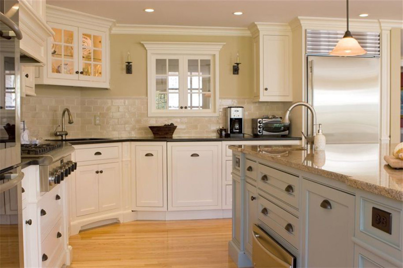 white-kitchen-cabinets-13