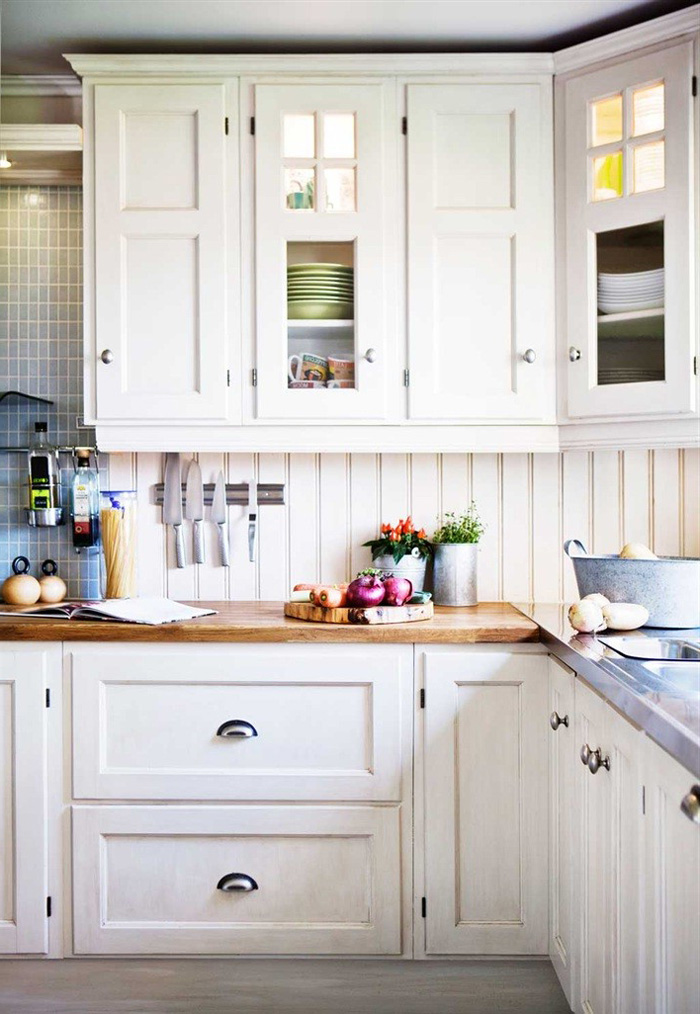 white-kitchen-cabinets-14