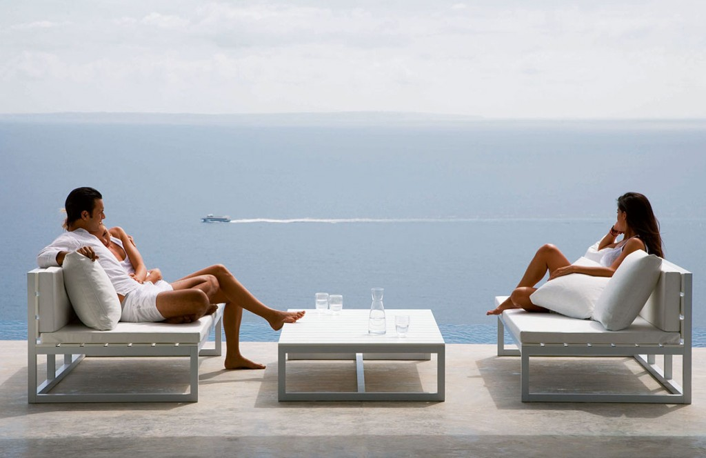 modern-outdoor-furniture-4