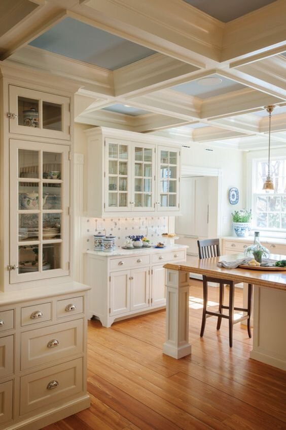 Country-Style-White-Kitchen